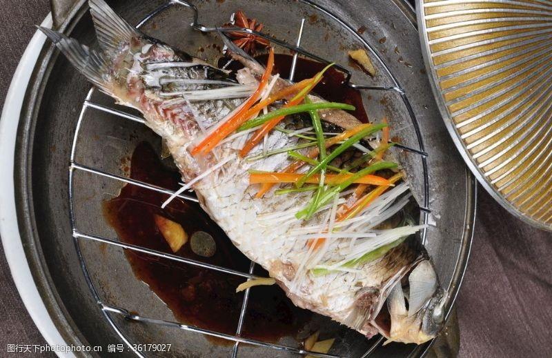 清蒸魚清蒸鱸魚