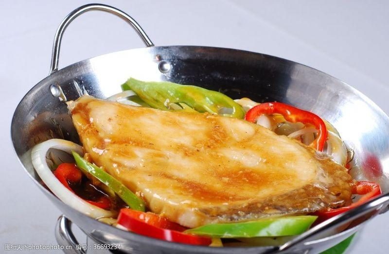 酒店豆酥銀鱈魚