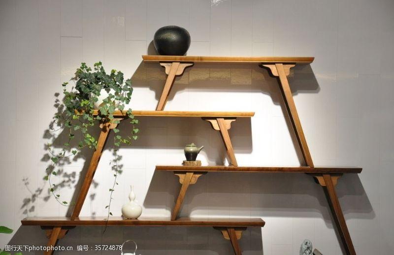 木质家具山