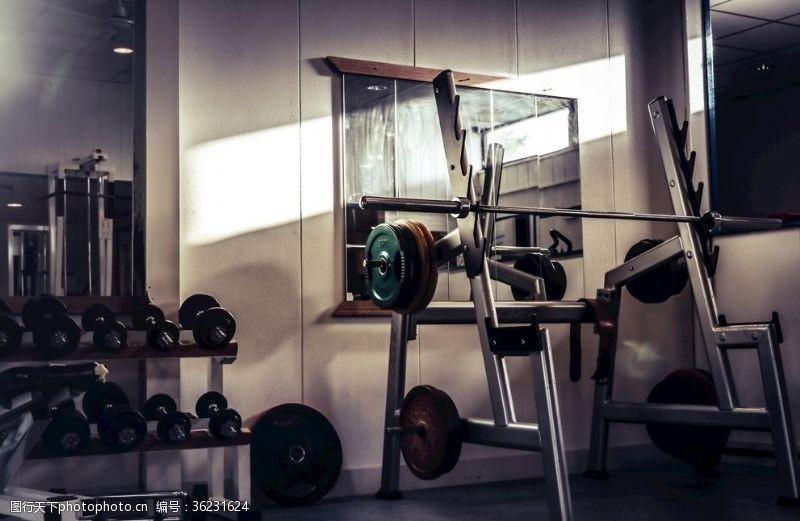 sport健身房器械