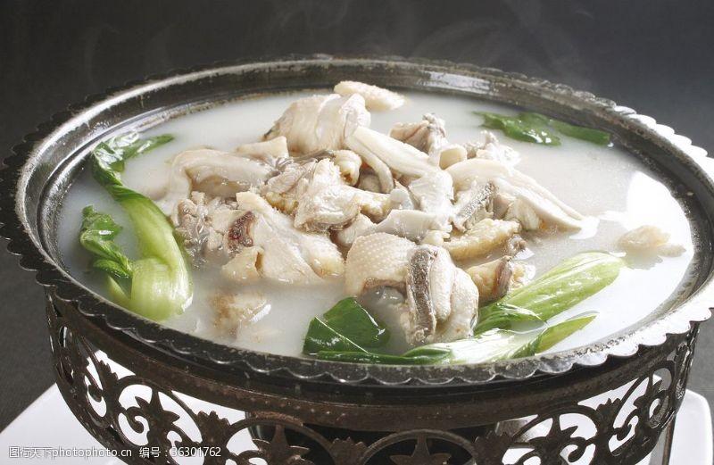 野菌菇小鸡炖蘑菇