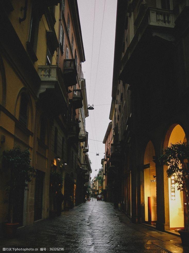 欧洲建筑意大利的米兰品牌街