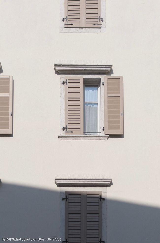 豪华装潢窗