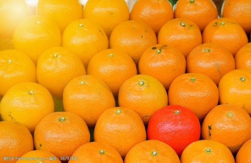 黄色背景素材甜橘子新鲜水果美味
