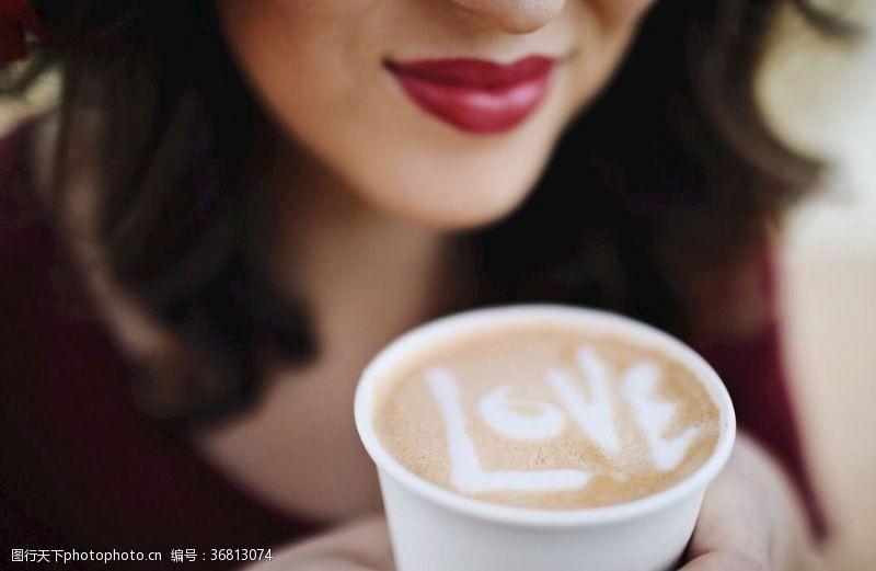 浓妆花式咖啡