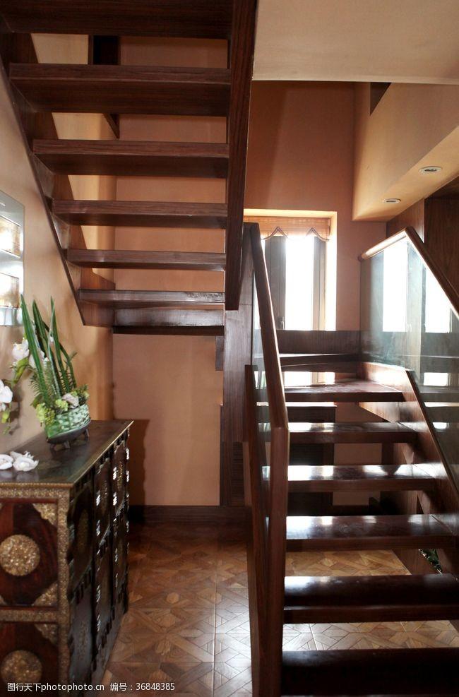 公主房楼梯