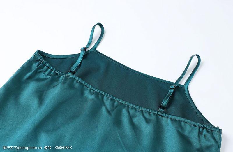 服装绣花藏蓝色女性吊带平铺图