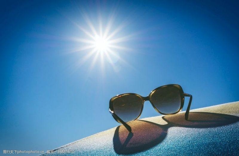男款太阳眼镜