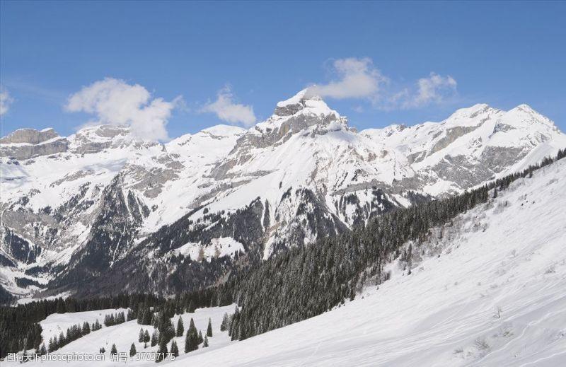 瑞士旅游瑞士铁力市雪山