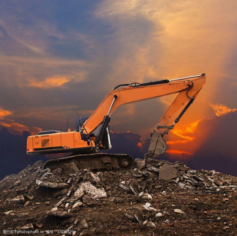 重工业挖掘机