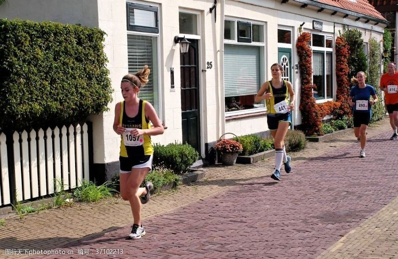 体育竞赛跑步