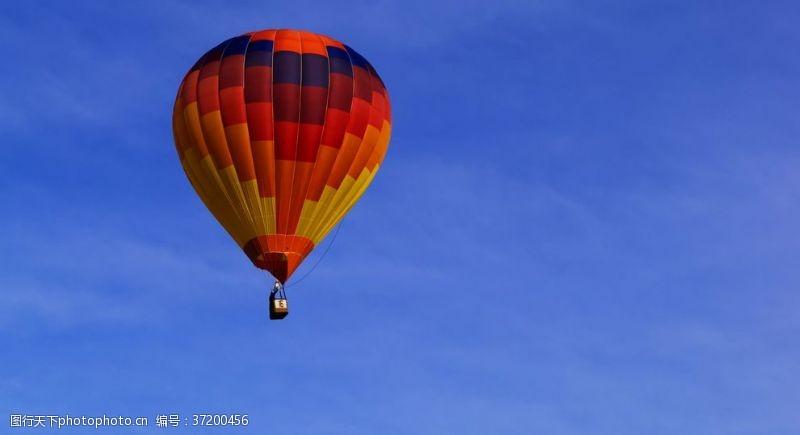 热气球缤纷绚丽