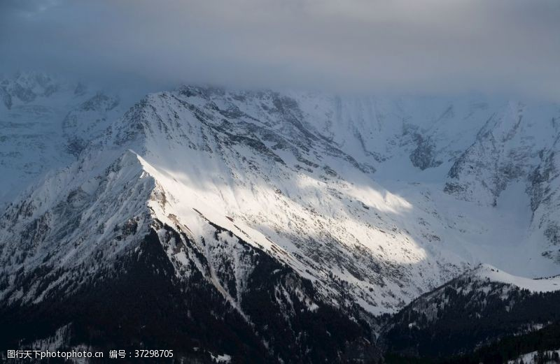 登山运动阿尔卑斯山