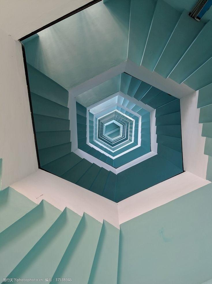 楼房螺旋式楼梯