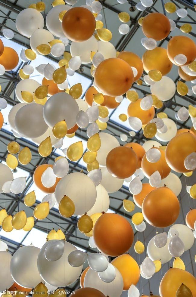 生日聚会气球天花板背景素材