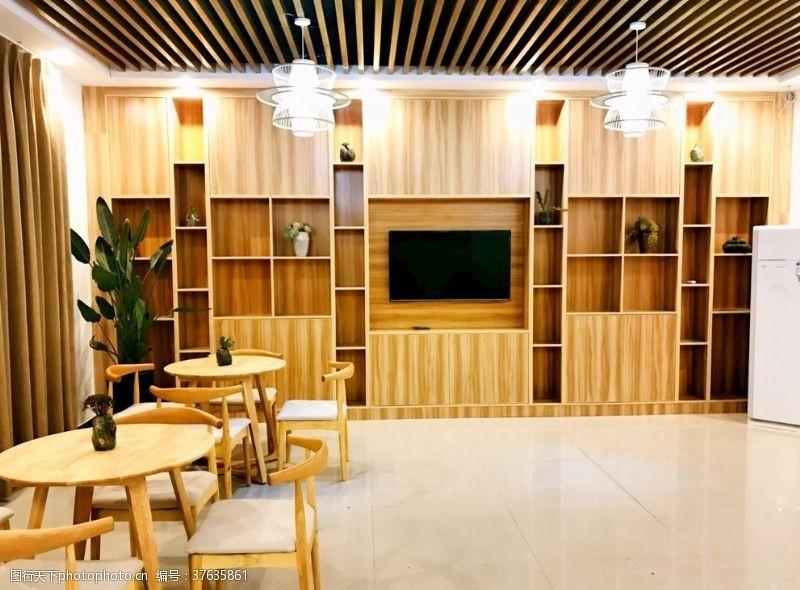 室内木质家具