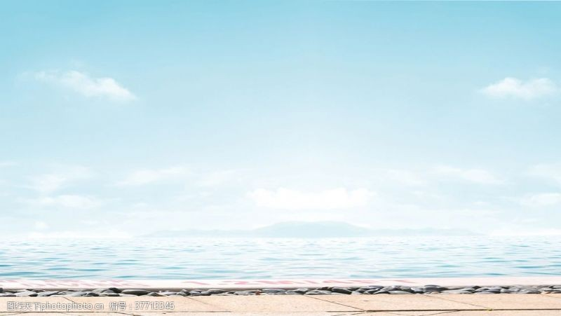 清澈的水海边背景