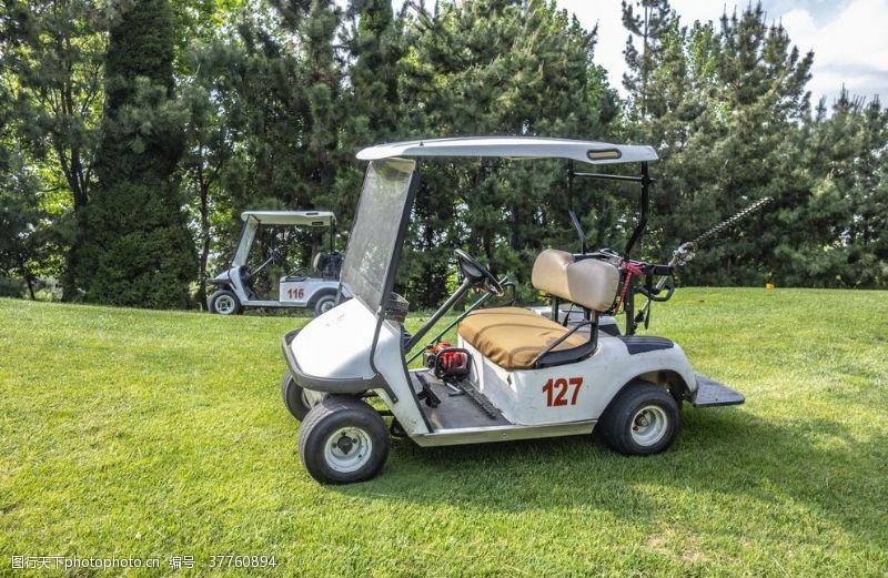 高尔夫车广告
