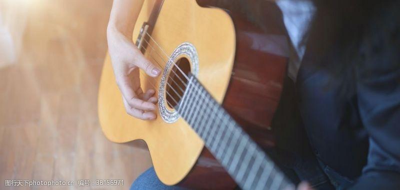 手风琴乐器