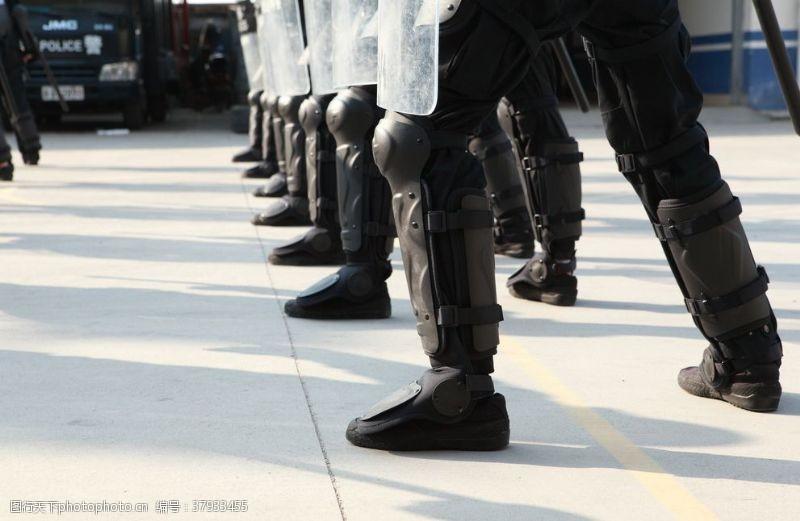 防暴军人军靴鞋子背景素材