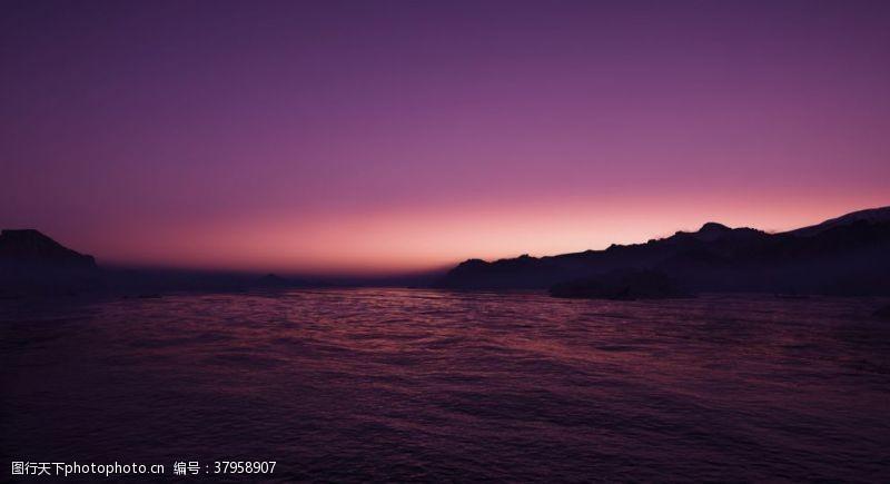 紫色海天一色