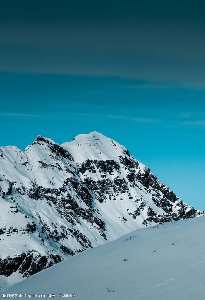 登山运动雪山