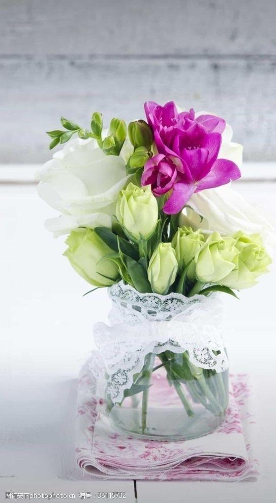 小情趣温馨的插花