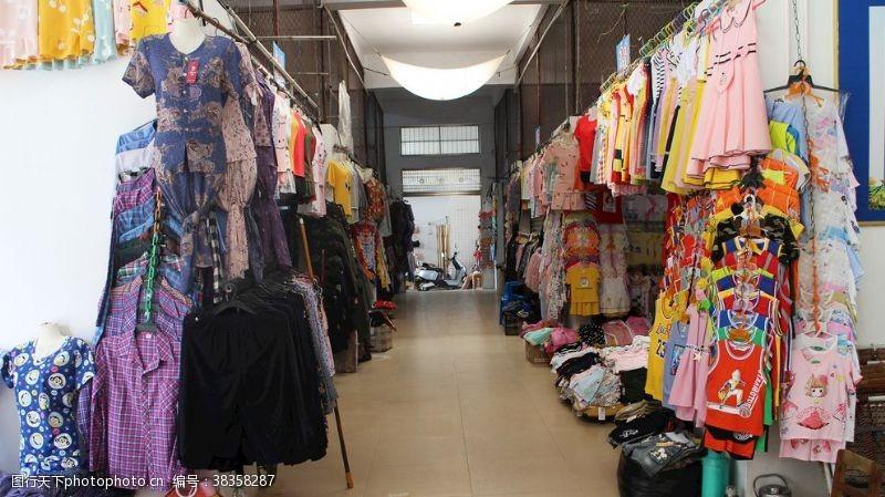 生活素材服装小市场