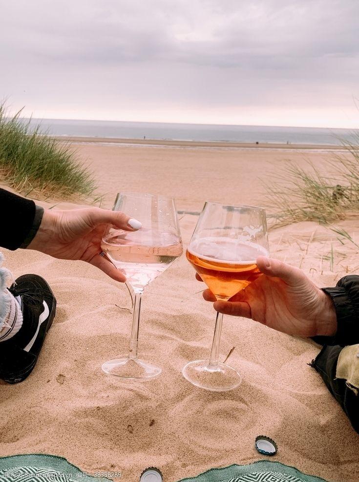 生活素材海边香槟