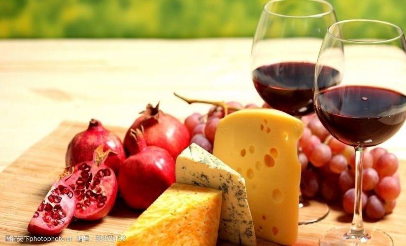 传统水果芝士红酒