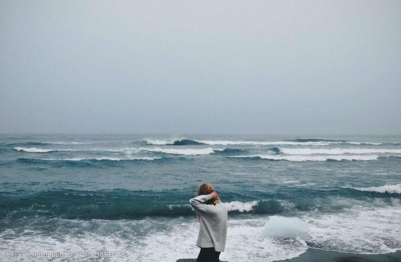 浪花蓝天沙滩海浪