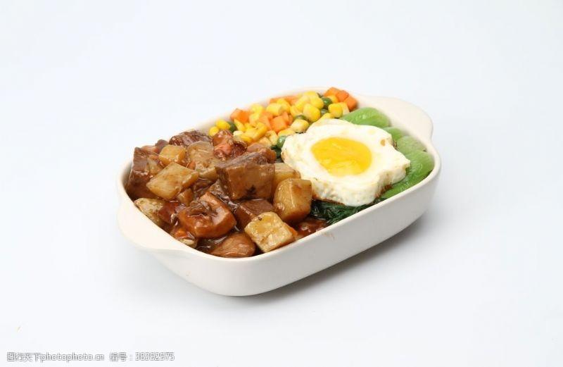 图片土豆牛肉饭