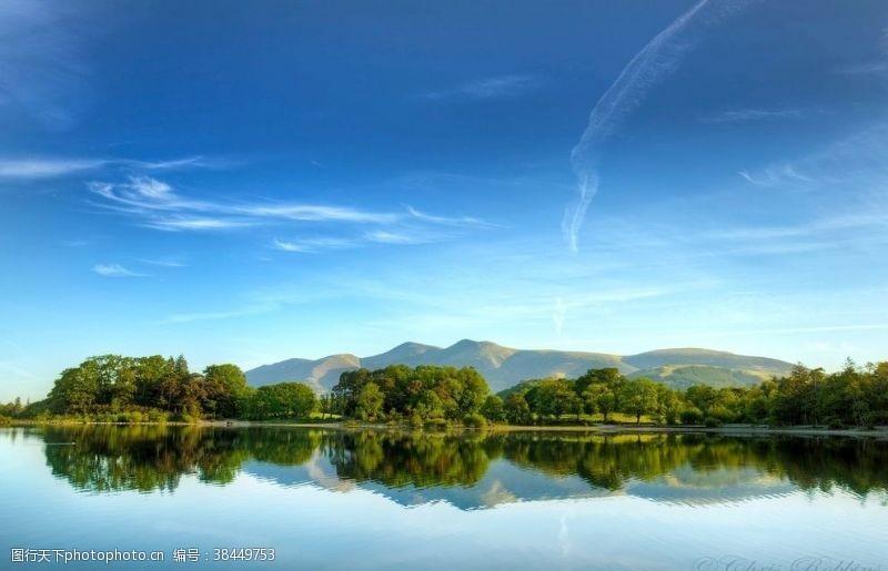 水面背景自然生态水景倒影