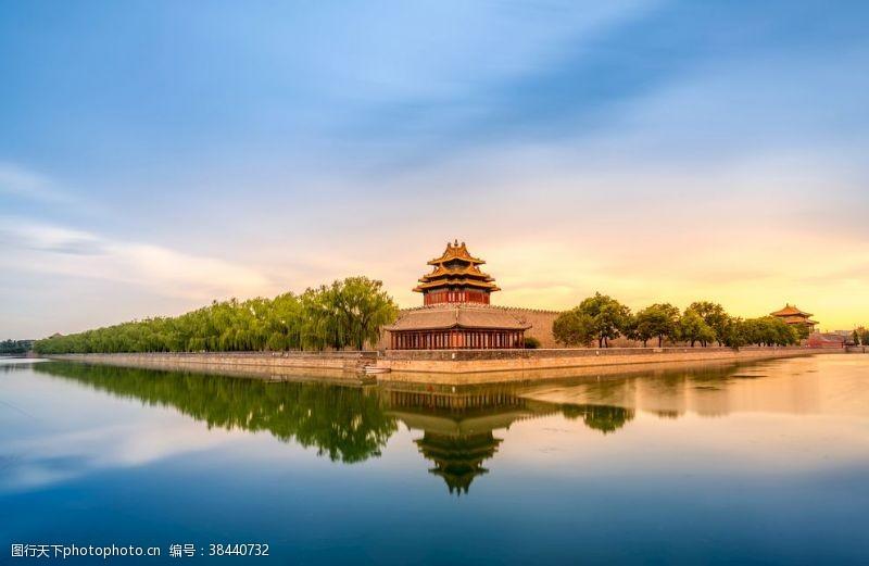 水面背景新中式古代阁楼水面倒影