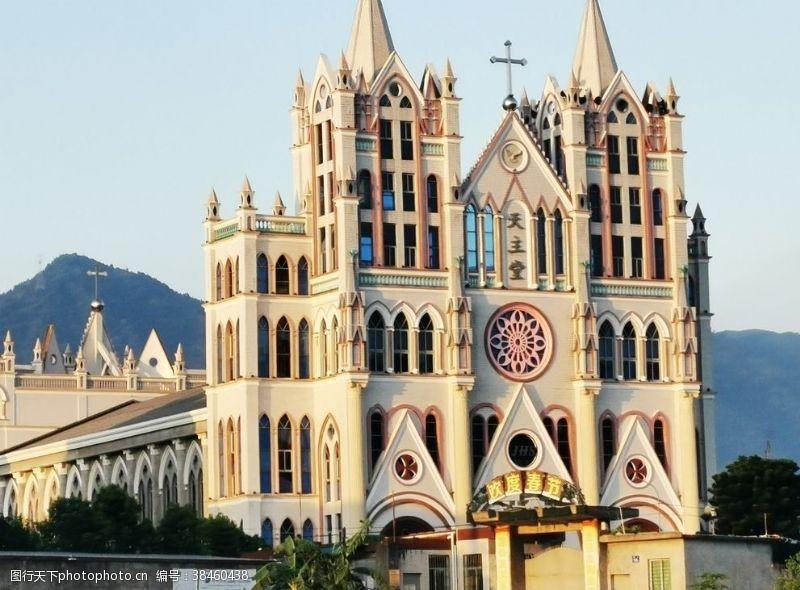 城市风光天主教堂