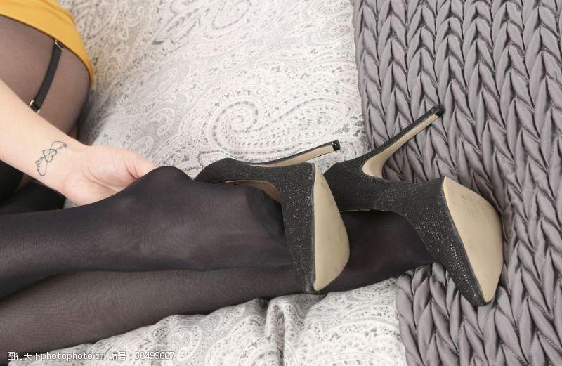 美女图片黑丝袜美女高跟鞋连裤袜