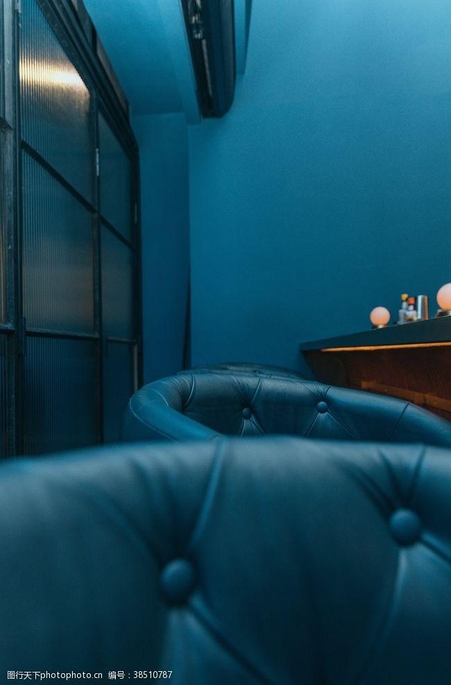 室内小品沙发冷色系