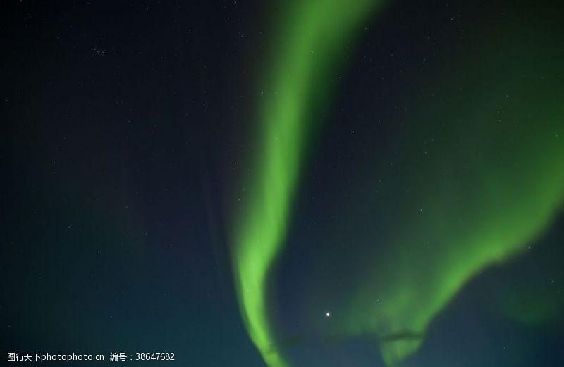 夜晚的天空极光