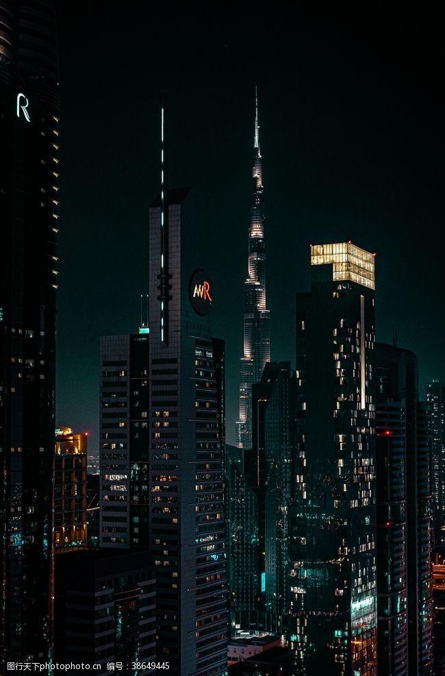 夜晚的天空夜晚的城市