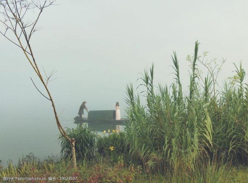 江南水乡 乌篷船图片