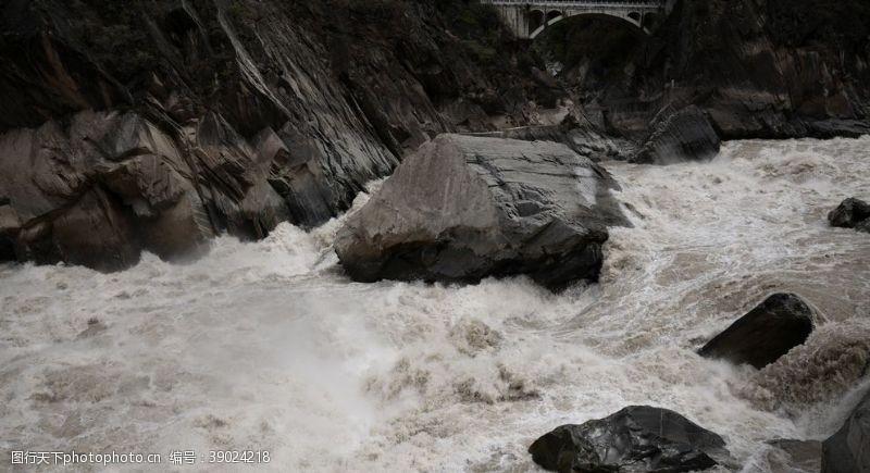 洪水 峡谷图片
