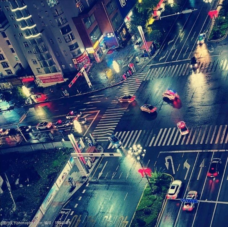 树木剪影 城市图图片