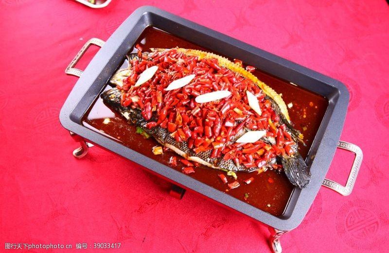 传统美食 烤鱼图片