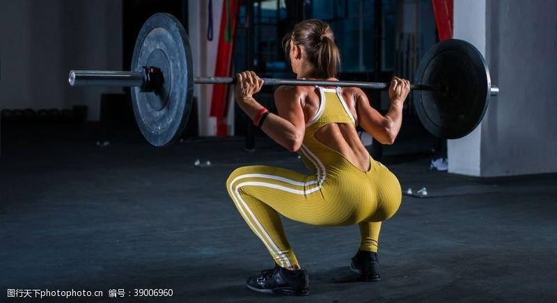 健身的美女 美女健身模特图片