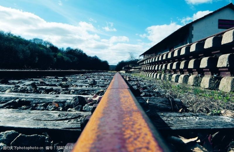 算盘 火车轨道图片
