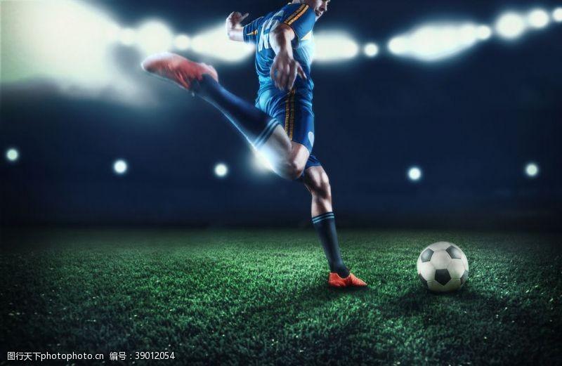 足球运动比赛爆发力背景素材图片