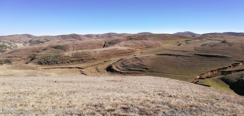 草地 大山牧场草原风景图片