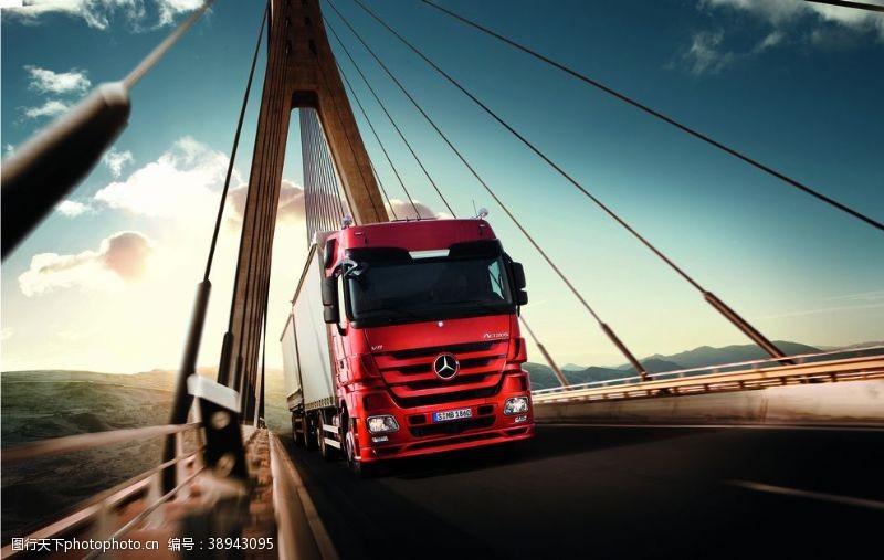 奔驰汽车 重型卡车图片